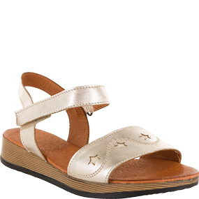 MADELON  in 金色 for $398.00